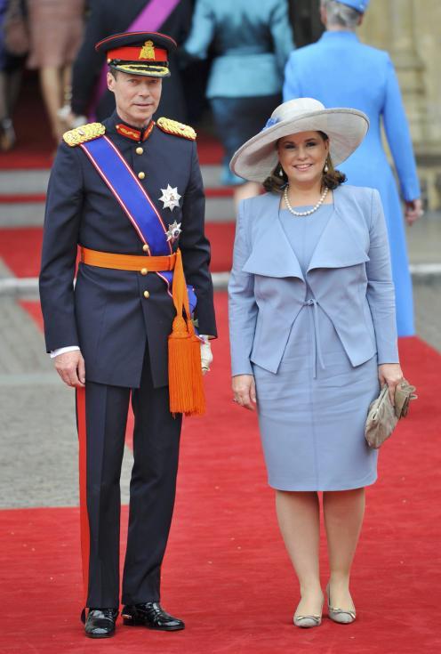 Convidados chegam ao casamento de William e Kate