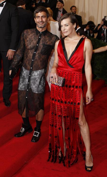 Marc Jacobs e Milla Jovovich - Gala MET 2012 Nova Iorque Foto: Reuters