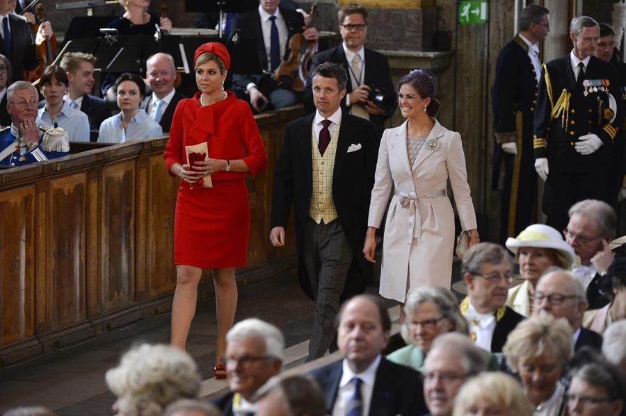 Princesa Máxima da Holanda e príncipes Frederico da Dinamarca e Madalena da Suécia - Batizado da princesa Estelle da Suécia Foto: Lusa