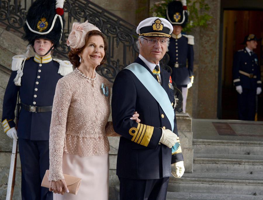 Rainha Sílvia e rei Carl Gustaf da Suécia - Batizado da princesa Estelle da Suécia Foto: Lusa