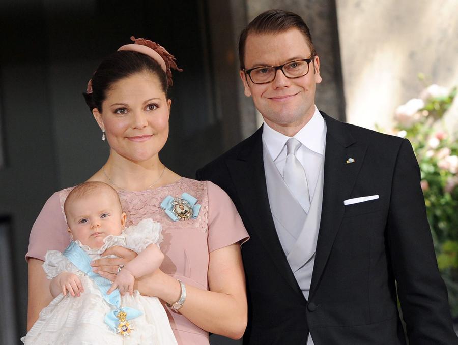 Princesa Victoria e Daniel com Estelle - Batizado da princesa Estelle da Suécia Foto: Lusa