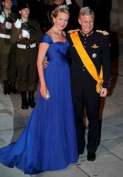 Príncipes Philippe e Mathilde da Bélgica - Jantar de gala para comemorar casamento real do Grão Duque Guillaume do Luxemburgo e Stéphanie de Lannoy Foto: Reuters