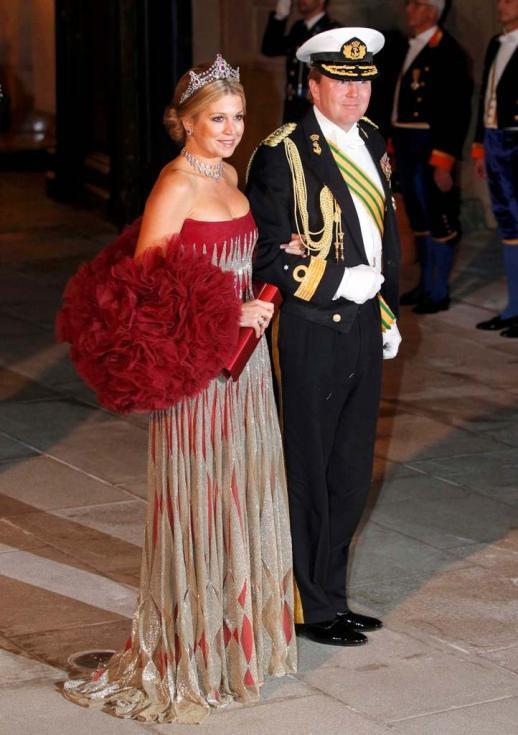 Príncipes Willem-Alexander e Maxima da Holanda - Jantar de gala para comemorar casamento real do Grão Duque Guillaume do Luxemburgo e Stéphanie de Lannoy Foto: Reuters