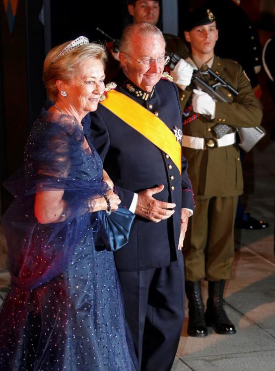 Rei Albert II e rainha Paola da Bélgica - Jantar de gala para comemorar casamento real do Grão Duque Guillaume do Luxemburgo e Stéphanie de Lannoy Foto: Reuters