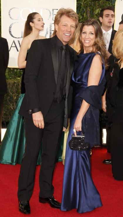 Jon Bon Jovi e Dorothea Hurley - 70º Globos de Ouro Fotos: Reuters